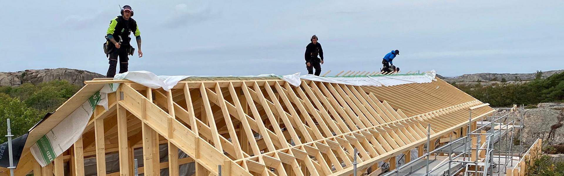 Snickare på taket